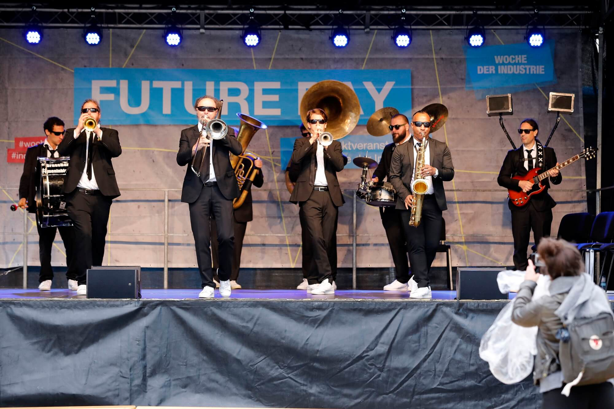FutureDay_Band_web